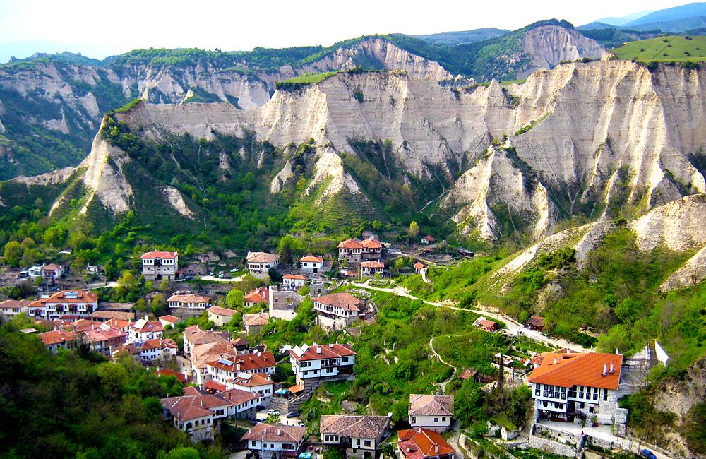 hiking and walking tours of melnik, bulgaria