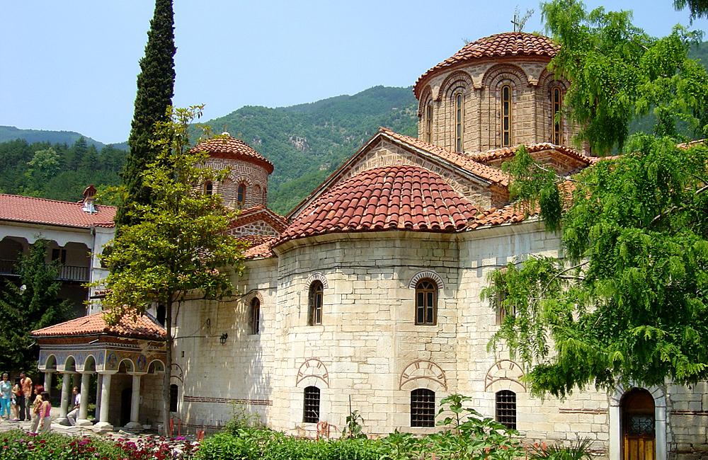 trekking- und kulturtouren in bulgarien (bachkovo-kloster)