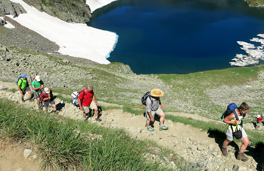 caminata autoguiada y trekking montañas de rila los siete lagos en bulgaria