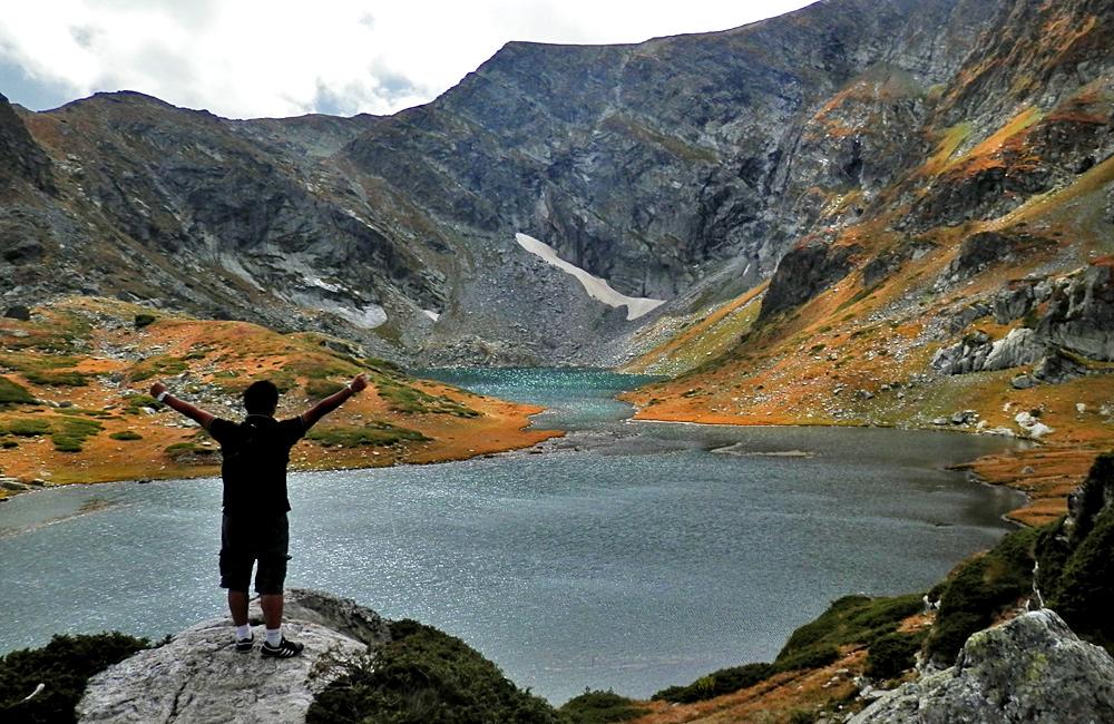 Excursiones de senderismo y trekking montañas de rila los siete lagos y el monasterio de rila en bulgaria