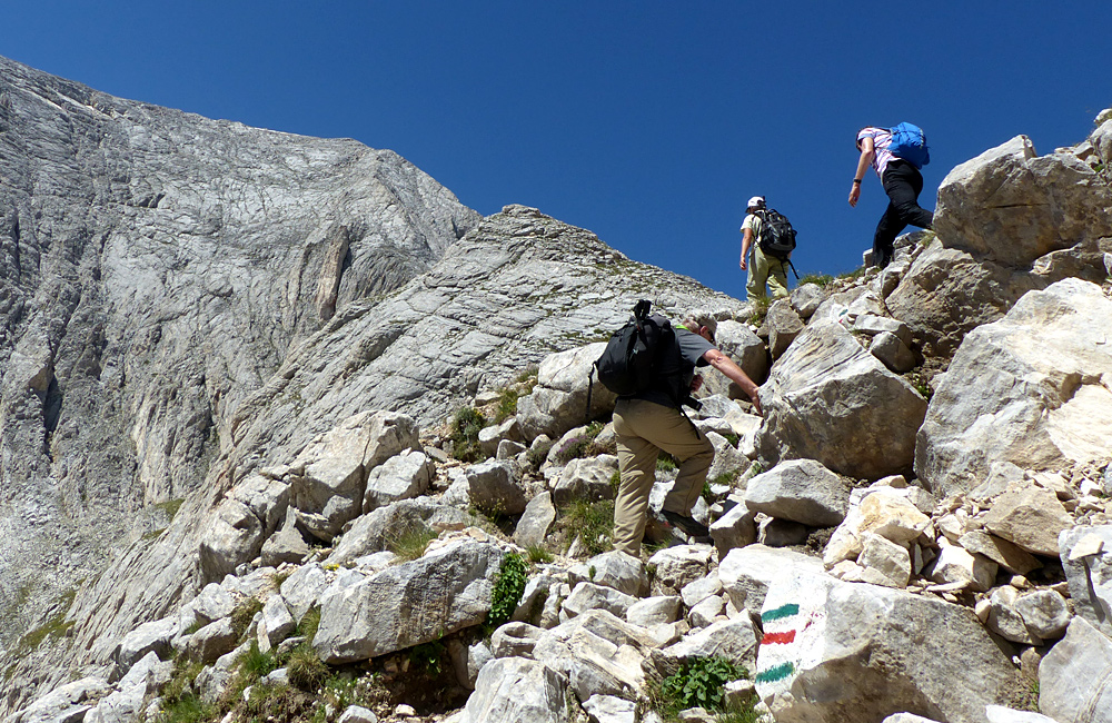 climbing tour to mt. vihren in pirin mountains, bulgaria
