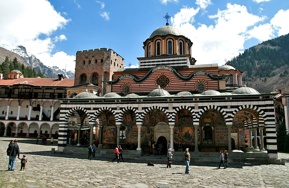 rila monastery hiking tours, bulgaria