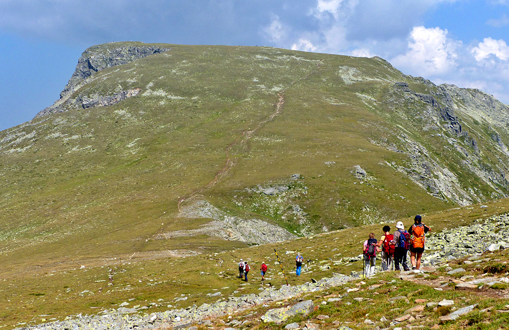 malyovitsa summit tour in ril amountains, trekking in bulgaria