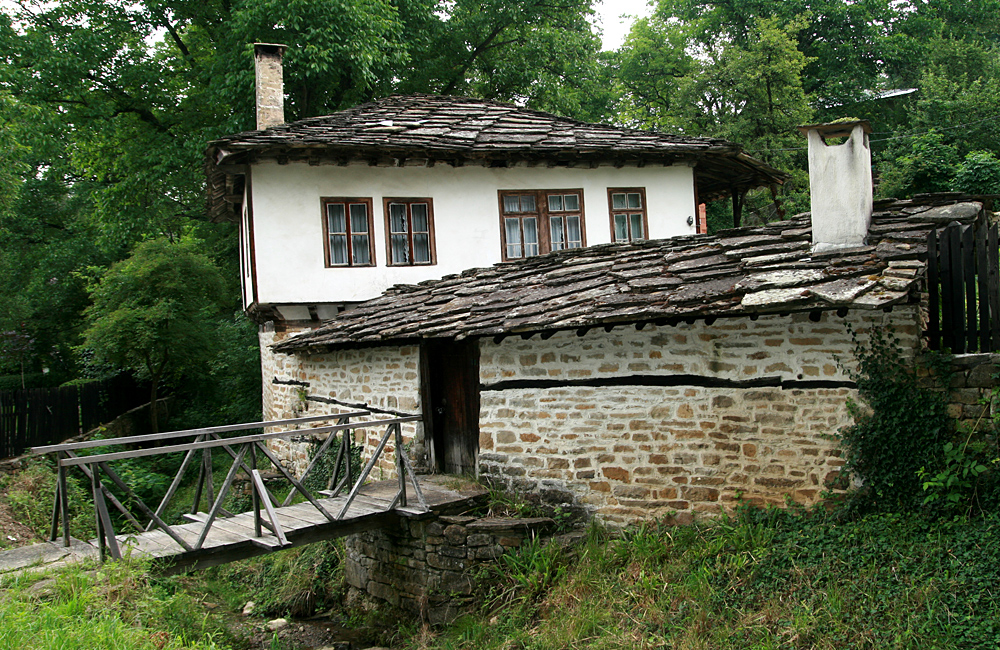 escorted walking and culture tour of bulgaria