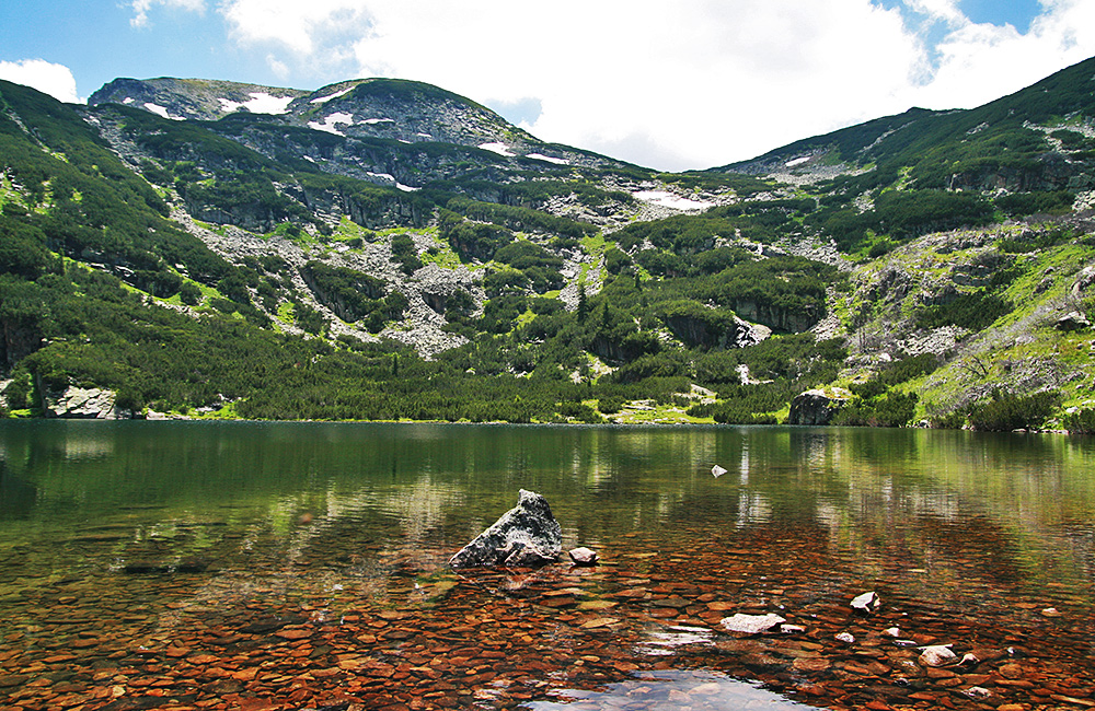 scary lake trekking circle, rila mountains