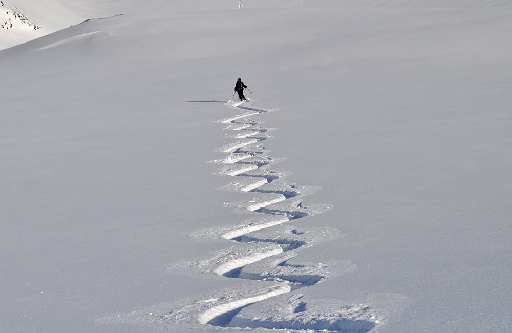ski touring, freeriding and backcountry skiing in bulgaria (rila and pirin mountains)
