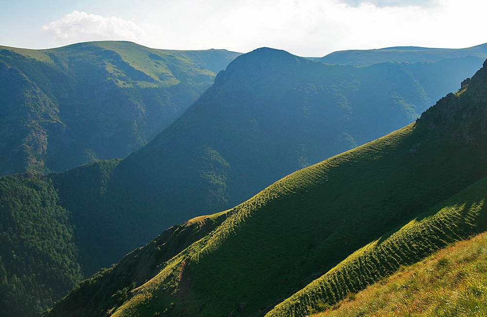 balkan mountains trekking trips in bulgaria