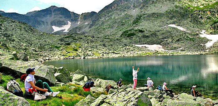 senderismo y trekking en montaña de rila el pico de musala